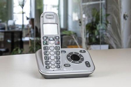 Telefonieren mit /ohne Hörgeräte 2
